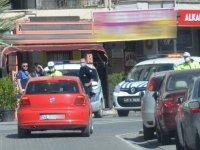 Akhisar'da hafta sonu sokağa çıkan 48 kişiye ceza kesildi