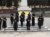 15 Temmuz marşını işaret dili ile seslendirdiler