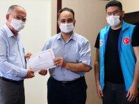 Akhisar Kaymakamı kurbanını Diyanet Vakfı'na emanet etti