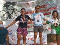 Akhisar'ın Oryantiring kulüpleri, Sakarya'da yapılan şampiyona da  rüzgar gibi estiler