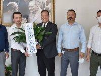 Özel Akhisar Hastanesi'nden Dutlulu'ya nezaket ziyareti