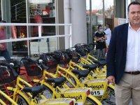 Akhisar'da ilk kez ücretsiz kiralık bisiklet dönemi