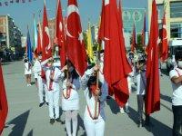 Cumhuriyet Bayramı 97.inci yılı çelenk sunma programı ile başladı