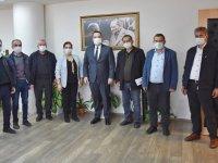 Başkan Besim Dutlulu'dan, Başlamış Ceyhun Karasoy ilkokuluna tablet desteği