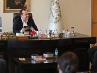 Akhisar Belediyesinden muhtarlara tam destek