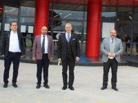 Doç. Dr. Mustafa Aydın'dan Eksen Koleji'ne ziyaret