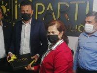 CHP, İYİ Parti Akhisar ilçe başkanlığını ziyaret etti