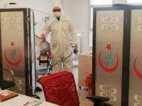 Akhisar Belediyesi, Hastaneleri dezenfekte etti