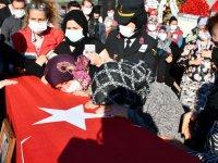 Akhisarlı şehit Osman Alp son yolculuğuna uğurlandı