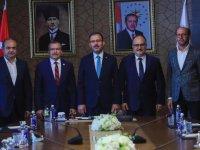 Bakan Kasapoğlu'ndan şampiyonlar şehri Akhisar'a müjde