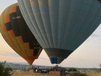 Özdemirler farkıyla muhteşem balonlu Kapadokya turu
