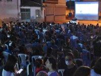 Akhisar'da açık hava sinema akşamları başladı