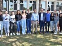 Başkan Besim Dutlulu, Kadın Voleybol Takımı ile buluştu