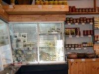 Eligür Süt Ürünleri Satış Mağazası hizmet vermeye başladı