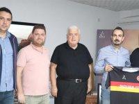 Dutlulu Yapı, Kayalıoğluspor'a sponsor oldu