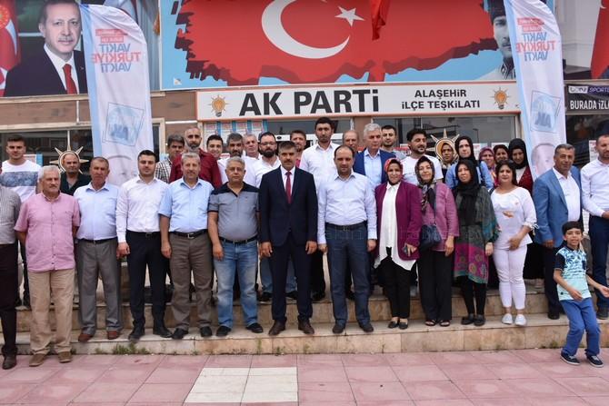 ak-parti-manisa-milletvekili-baybatur,-hem-tavaf-yaptik,-hem-de-seytan-tasladik-(2).jpg
