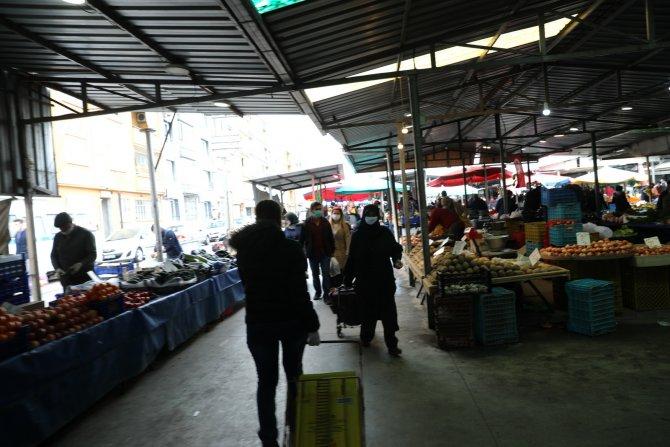 akhisar'da-bazi-pazar-yerleri-2-gun-acik-kalacak-(2).jpg