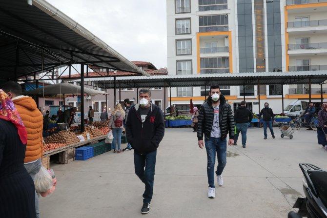 akhisar'da-bazi-pazar-yerleri-2-gun-acik-kalacak-(3).jpg