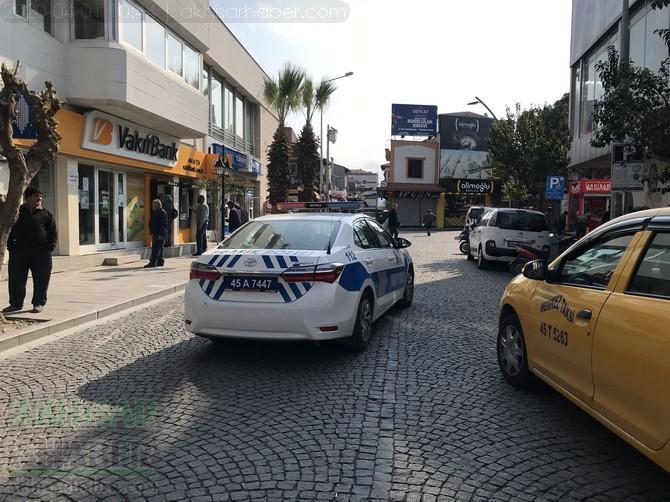 akhisar'da-polis-evde-kal-cagrisi-yapti-(1).jpg