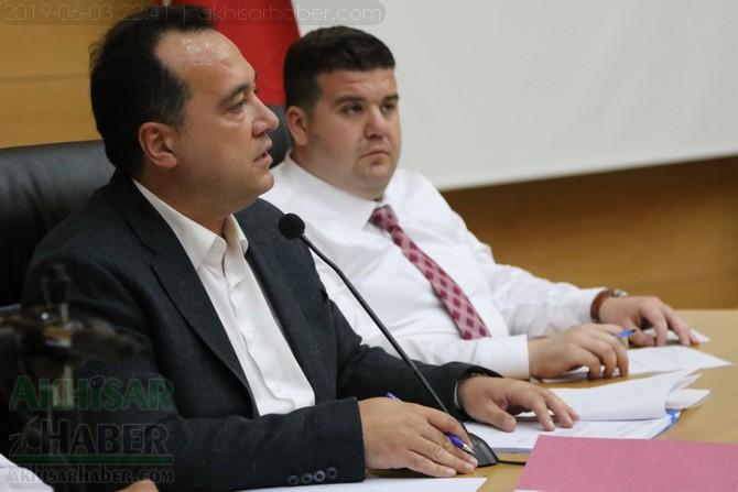 akhisar-belediye-meclisi,-bayramdan-sonraya-ertelendi-(1).jpg