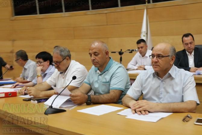 akhisar-belediye-meclisi,-bayramdan-sonraya-ertelendi-(12).jpg