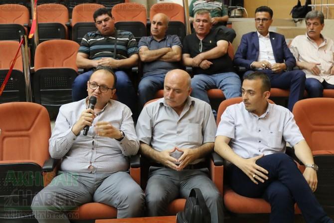 akhisar-belediye-meclisi,-bayramdan-sonraya-ertelendi-(13).jpg