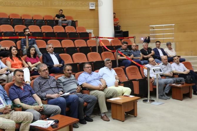 akhisar-belediye-meclisi,-bayramdan-sonraya-ertelendi-(7).jpg
