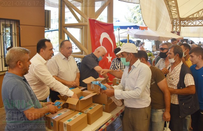 akhisar-belediye-pazaryeri-dondurma-(10).jpg