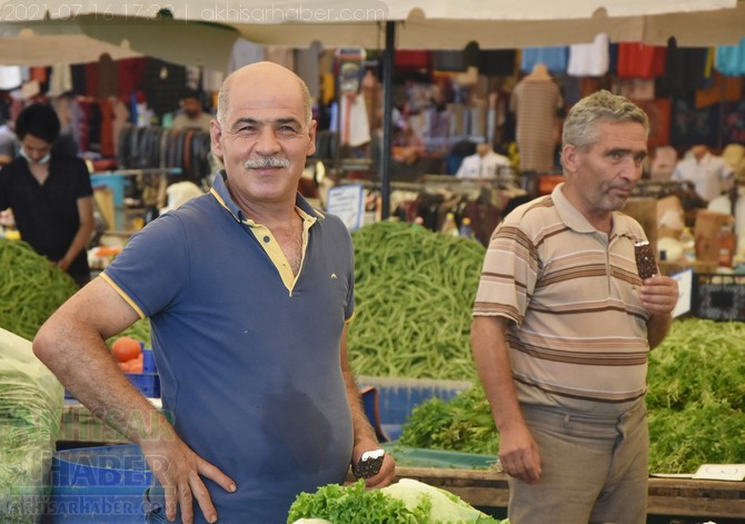 akhisar-belediye-pazaryeri-dondurma-(7).jpg