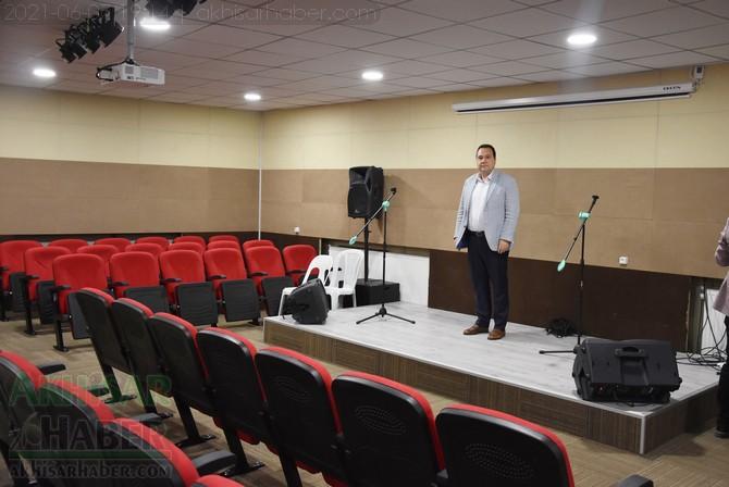 akhisar-belediyesi'nden-cemevi'ne-konferans-salonu-(4).jpg