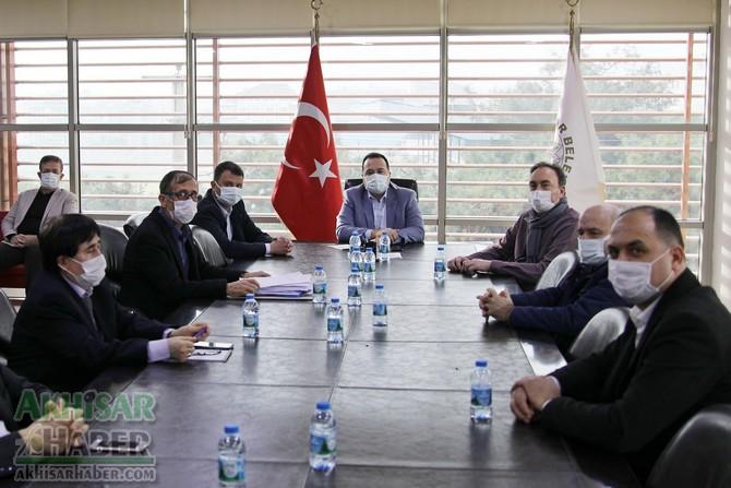 akhisar-belediyesi'nden-lokmaci-esnafina-nakdi-destek-(1).jpg