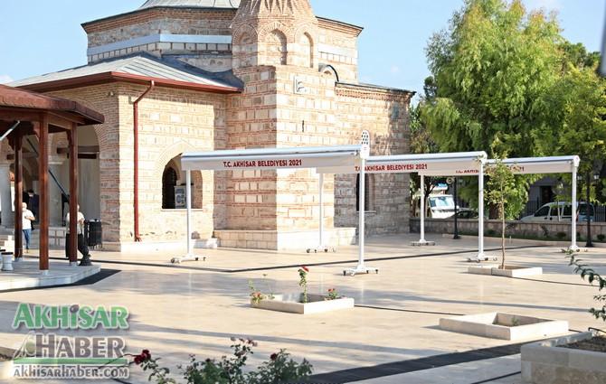 akhisar-belediyesi'nden-tarihi-camiye-tente-destegi-(5).jpg