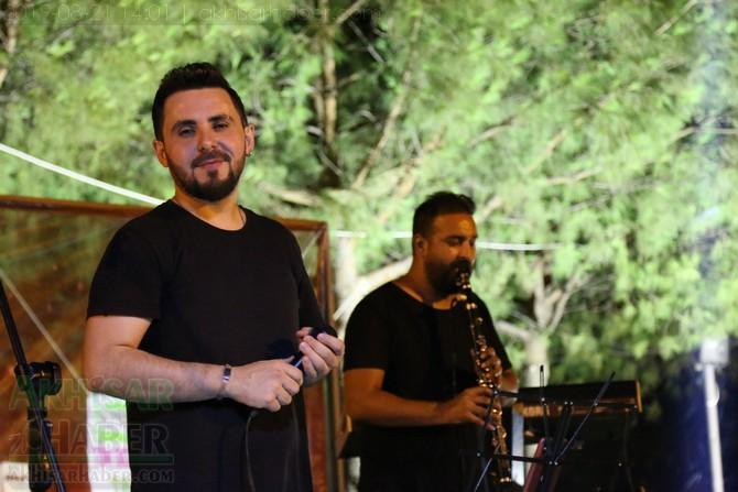 akhisar-belediyesi-acik-hava-konserleri-20-agustos-2019-sali-(23).jpg
