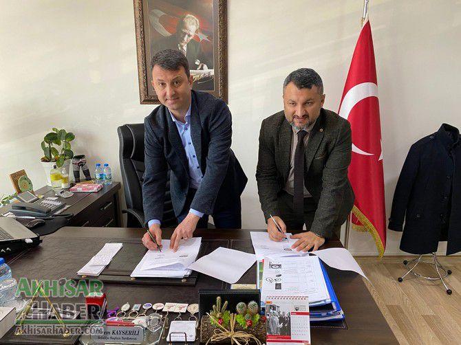 akhisar-belediyesi-ile-eksen-kurs-merkezi-protokol-imzaladi-(2).jpg