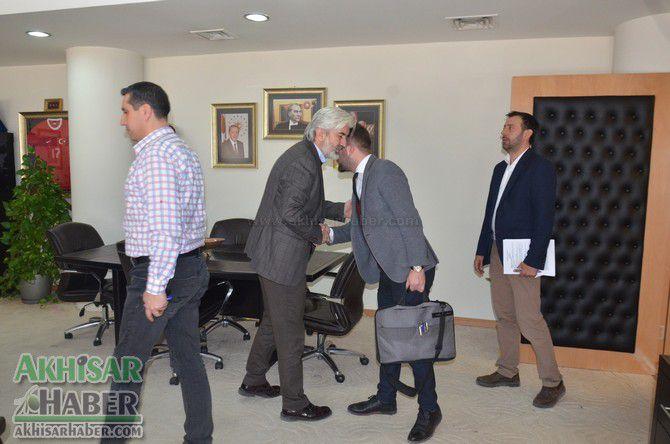 akhisar-belediyesinde-toplu-is-sozlesmesi-imzalandi-(3).jpg