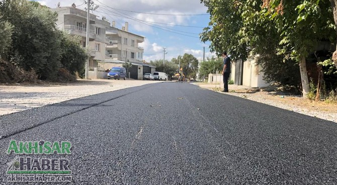 akhisar-belediyesinden-efendi-ve-cumhuriyet-mahallesinde-asfalt-atagi-(13).jpg