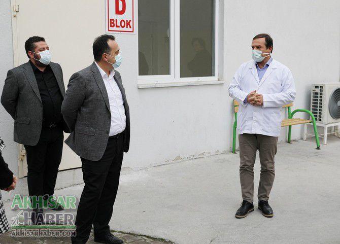 akhisar-belediyesinden-koronavirus-tespit-merkezine-konteyner-destegi-(3).jpg