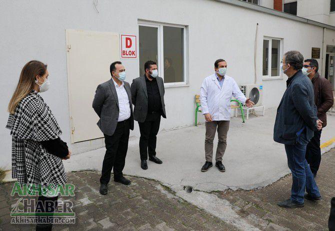 akhisar-belediyesinden-koronavirus-tespit-merkezine-konteyner-destegi-(8).jpg