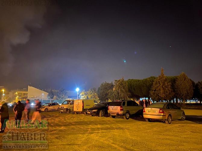 akhisar-deprem-kriz-masasi-(13).jpg