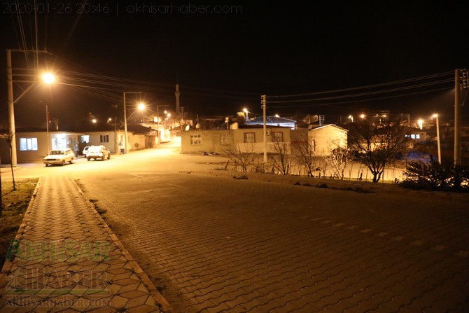 akhisar-deprem-selcikli-musalar-gokceahmet-(2).jpg