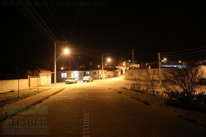 akhisar-deprem-selcikli-musalar-gokceahmet-(4).jpg