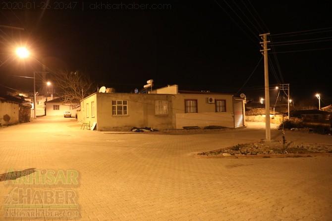 akhisar-deprem-selcikli-musalar-gokceahmet-(5).jpg