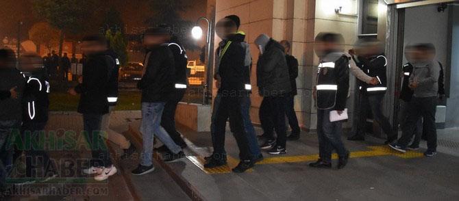 akhisar-merkezli-uyusturucu-operasyonu-11-kisi-tutuklandi-akhisarhaber-(5).jpg