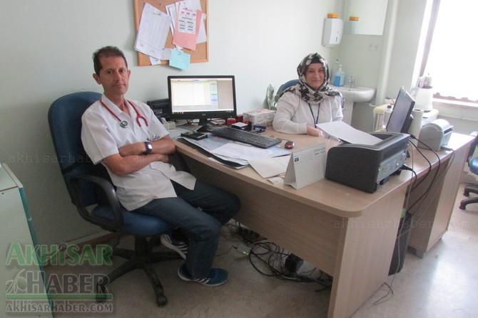 akhisar-mustafa-kirazoglu-devlet-hastanesinde-bayram-mesaisi-(2).jpg