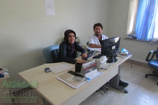 akhisar-mustafa-kirazoglu-devlet-hastanesinde-bayram-mesaisi-(3).jpg
