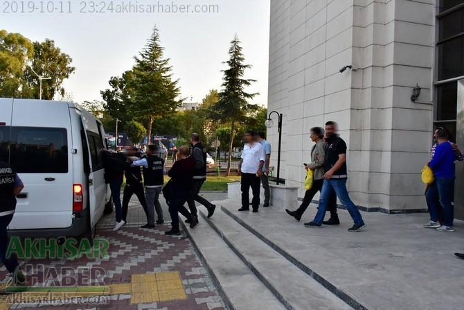 akhisarda-uyusturucu-operasyonu-7-kisi-tutuklandi-(2).jpg