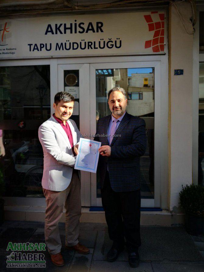 akhisarli-kurs-ogreticisi-evini-turkiye-diyanet-vakfina-bagisladi-(2).jpg