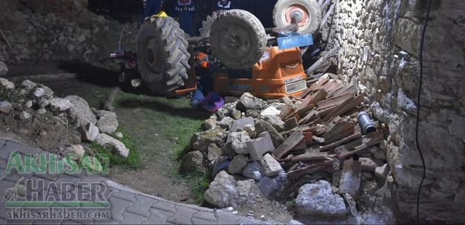 manisa'da-traktor-kazasi-1-kisi-hayatini-kaybetti-(2).jpg