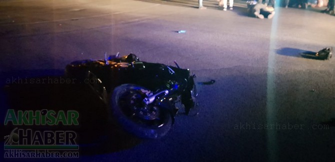 motosiklet-kazasi-2-kisi-yaralandi-(6).jpg
