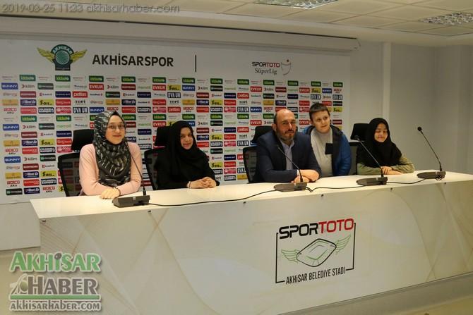 spor-toto-akhisar-belediye-stadyumu-iyilikler-yarisiyor-projesine-dahil-oldu-(7).jpg